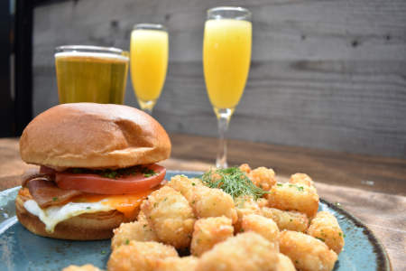 the-taphouse-brunch-mimosas